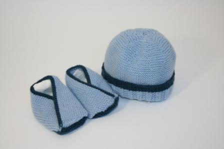 Chaussons + bonnet bb